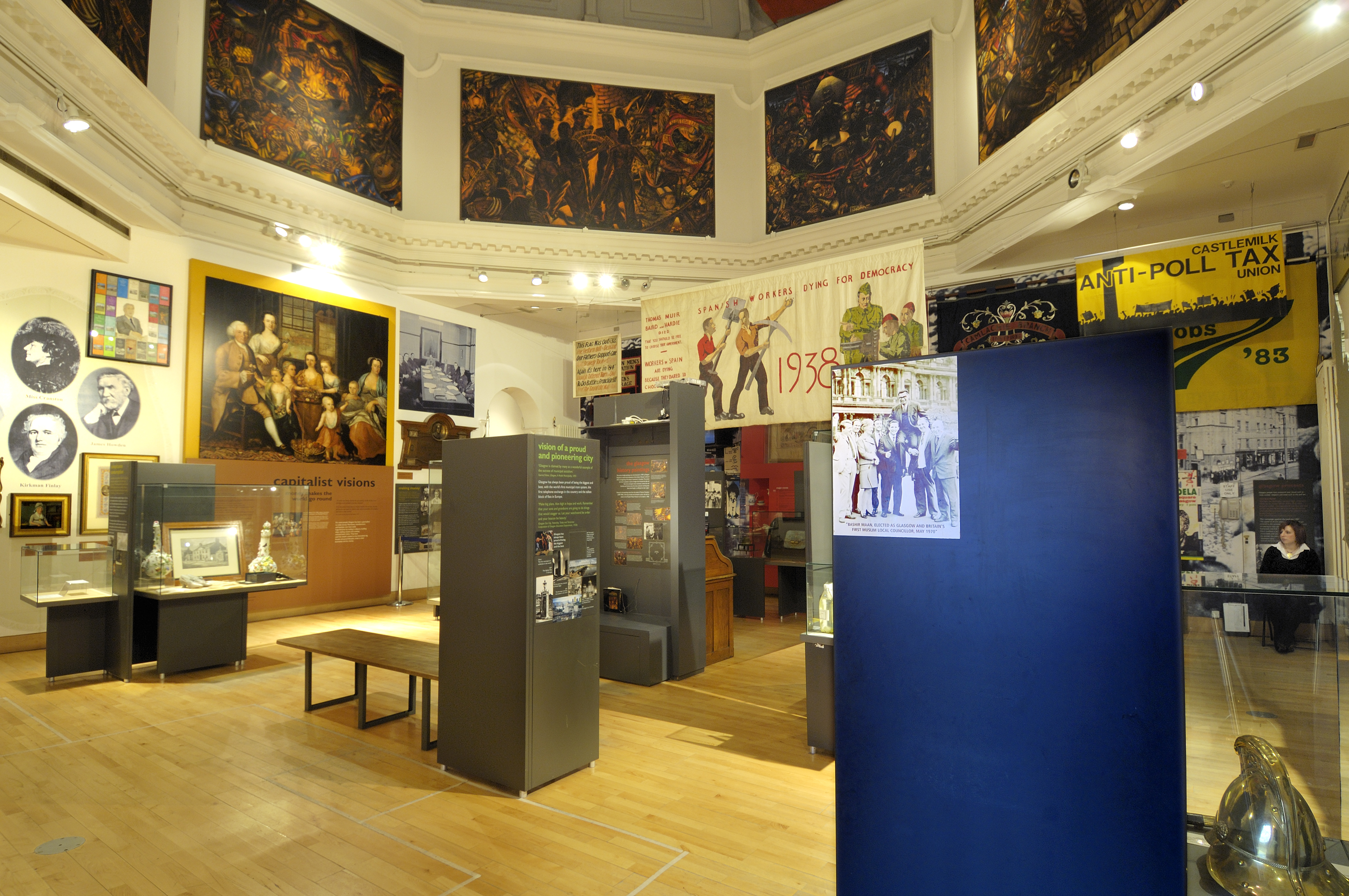 Exhibition Displays Glasgow : People s palace collection highlights u glasgow life